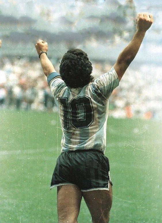 Diego Maradona Football Icon, Football Is Life, Football Art, World Football, Maradona Tattoo, Diego Armando, Football Images, Fc Liverpool, Soccer Stars