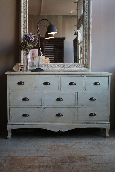Painted Chest of Drawers | discoverattic
