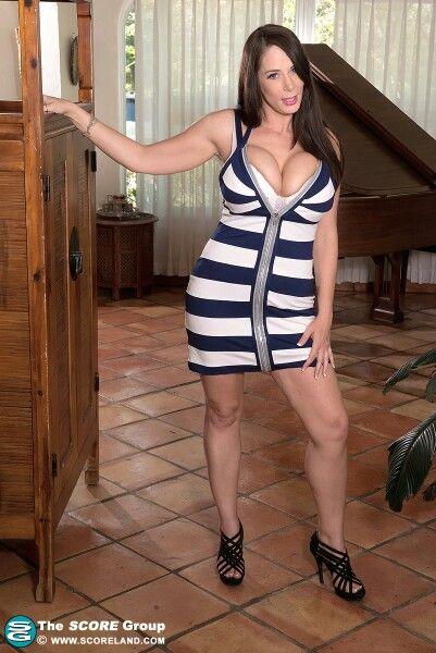 Barbie Kelley Nude Photos 35