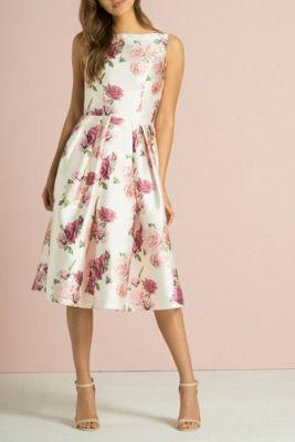 ce814b0f2b30 šaty pre svadobnú mamu so širokou sukňou