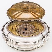 Tabatière avec montre, Benedikt Fürstenfelder, Johann Georg Scheppich (attribué), vers 1736/1737 © Bayerisches Nationalmuseum