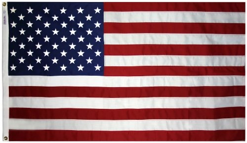 The best way to show your Made in America pride? Fly a union-made American flag! Annin Flag Company of Roseland, New Jersey, produces thousands of union-made American flags each year. And workers at Annin Flags are represented by UFCW.