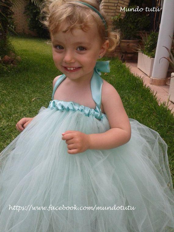 Vestido de tul con cinta de raso para niñas.  Colores por Mundotutu, €40.00