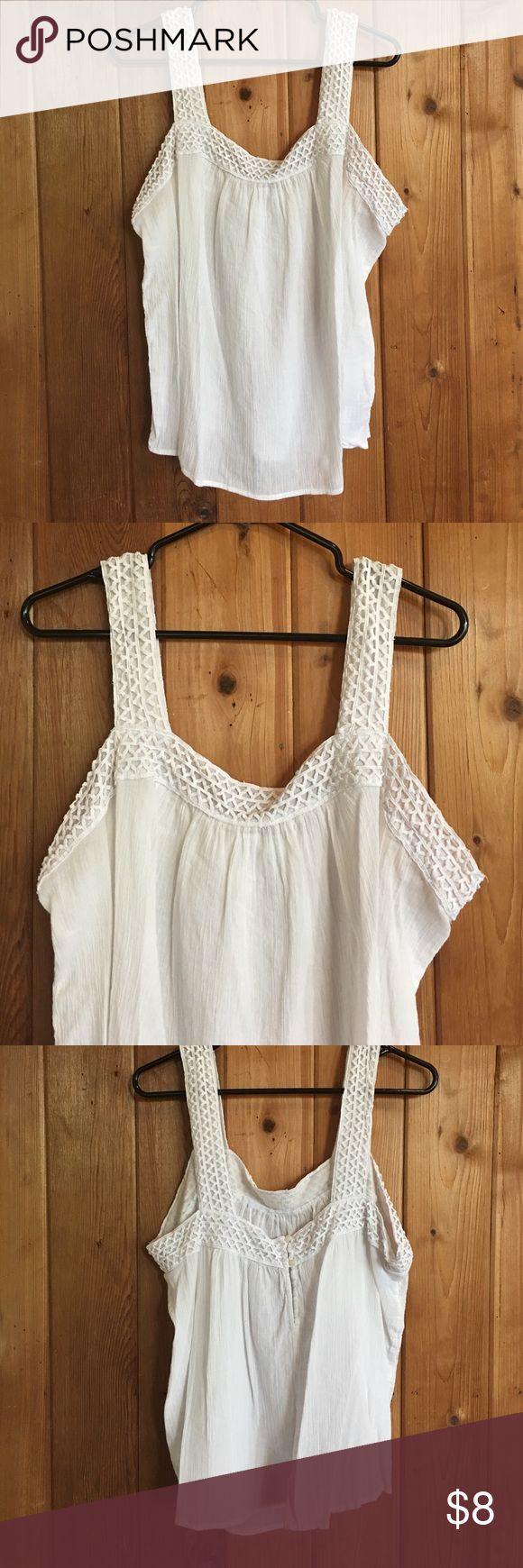 OLD NAVY Cami Blouse Crochet design around Top and straps. Cute button design in the back. No stains or tears. Old Navy Tops Camisoles