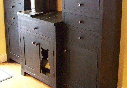 So super cuteCat Litter Boxes, Beds, Cute Ideas, Cat Boxes, Bathroom Interiors Design, Hidden Litter Boxes, Cat House, Cut Out, Laundry Room