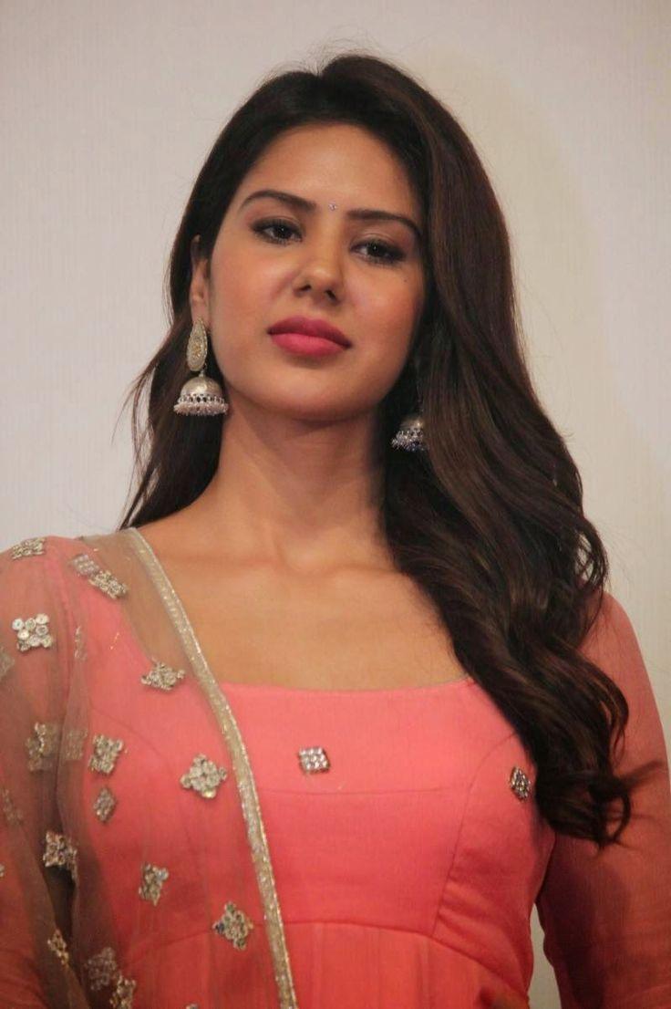 Bollywood News, New Hindi Movies, Reviews, Latest Videos ...