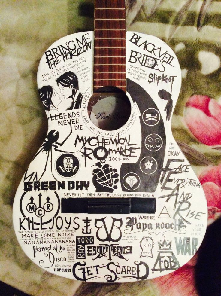 Is this marker ?? I only like a few of the bands on here (My Chemical Romance, Panic! At The Disco, Fall Out Boy, and Green Day) but damn they did a nice job!! -「Scøtt McIntøsh」