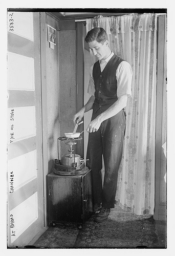 At Broad Channel - the oil stove  (LOC)