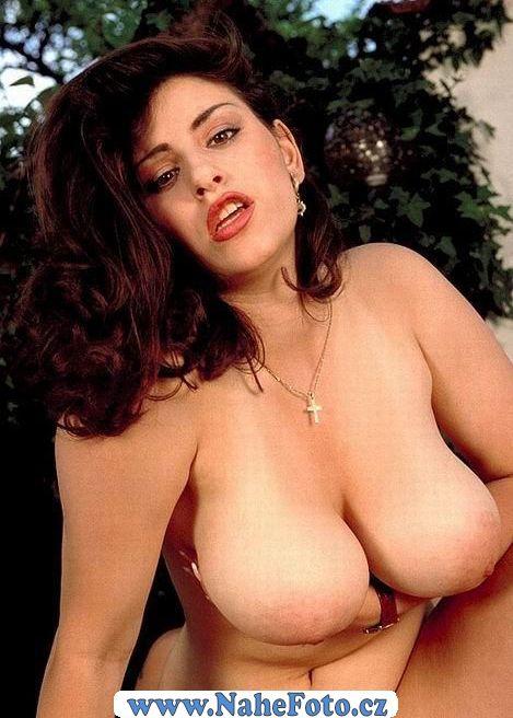 ester ládová ceske celebrity v pornu
