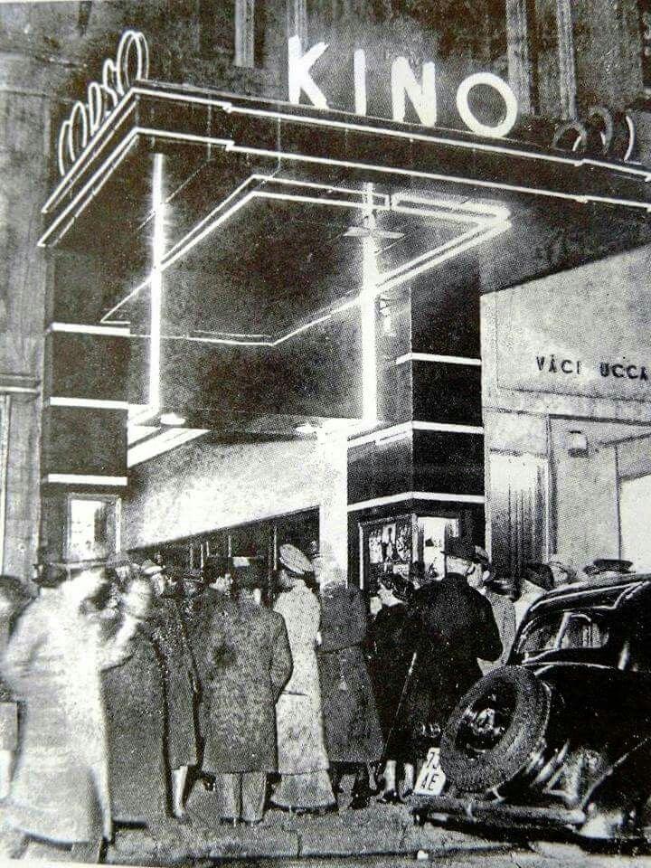 1937, Vácutca 9, Corso mozi, ma Pesti Színház