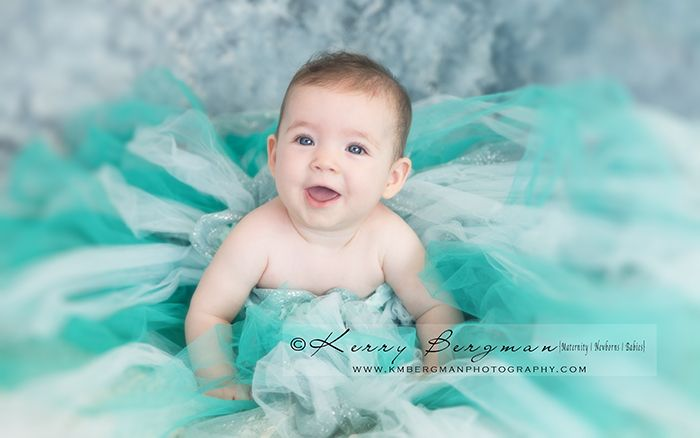 Today's gorgeous baby girl. #6m #6months #doyouwannabuildasnowman #frozen #elsa #newborn #baby. #newborn photographer #baby photographer #maternity photographer #logan #logancity #waterford #loganphotographer #brisbane #brisbanephotographer #studio #professional #photography #naturallight #tulle #backdrop #smiles #happybaby #happy #baby #milestone #baby #photographer