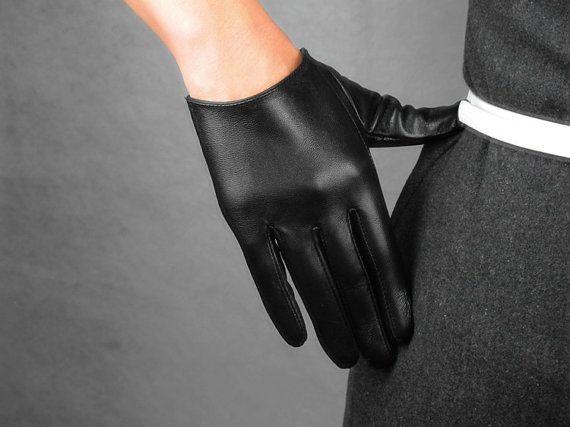 Real Leather Short Gloves - Black - Sheepskin Lambskin - Women Lady - Winter Fall - Handmade Genuine Leather on Etsy, $19.98  Tabatha