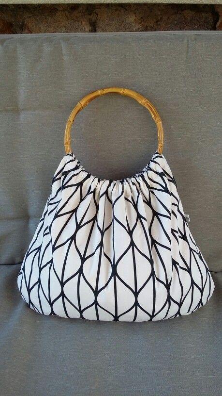 Bambuszkarikás nyári táska