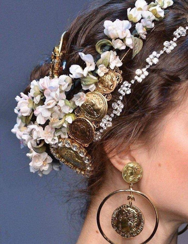 Art Nouveau Jewelry, Jewelry Art, Gold Jewelry, Jewellery, Dolce & Gabbana, Fashion Accessories, Hair Accessories, Wedding Accessories, Braut Make-up
