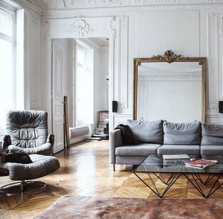 Large old mirrors love Haussman