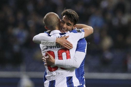 FC Porto v CD Nacional - Premier League 2016/17