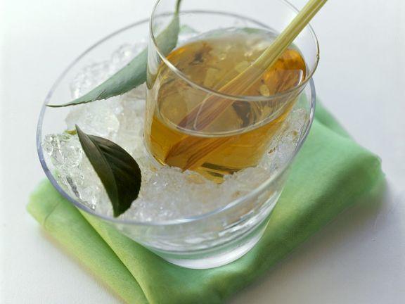 Zitronengras-Eistee ist ein Rezept mit frischen Zutaten aus der Kategorie Kräuter. Probieren Sie dieses und weitere Rezepte von EAT SMARTER!