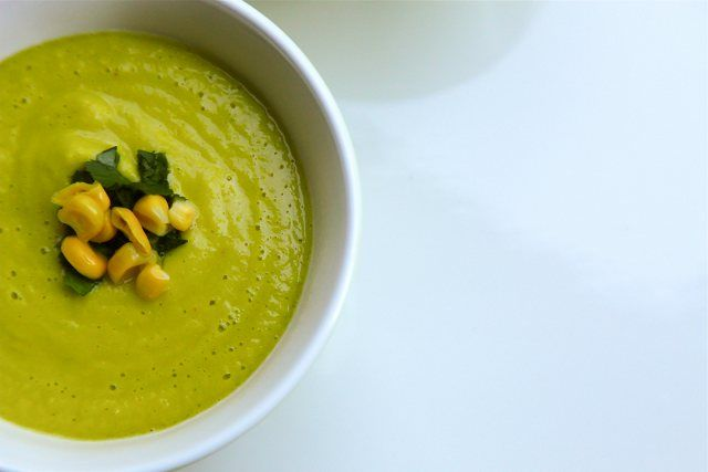 Rawsome Corn Chowder - Looking for Vitamix soup recipes? This raw corn chowder is super easy and delicious.