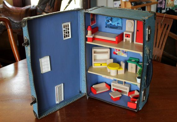 Vintage Mini Suitcase Dollhouse: Upcycled Unique Dollhouse in a small suitcase