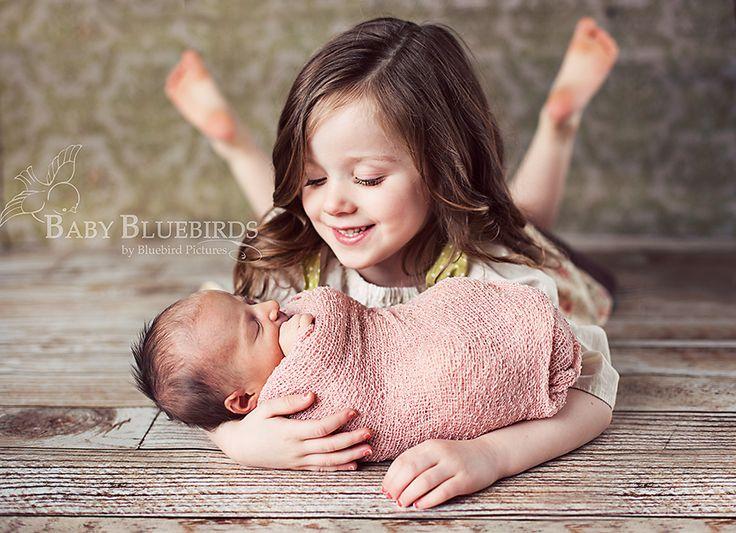 {sibling pose}Sisters