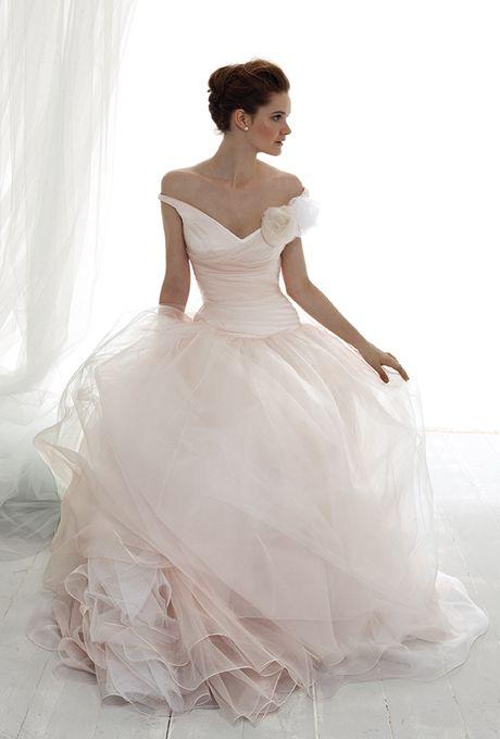 Le Spose Di Gi�. V-neckline, criss-cross top, with full romantic silk organza skirt.