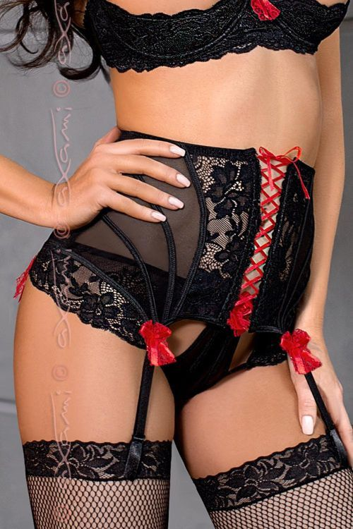 141,30 PLN | Pas do pończoch | Garter belt #eroticlingerie #czarny #czerwony #garterbelt #kokardy #bielizna #stockings #erotic #woman #black #red #lingerie #sexylingerie #sexyset #sexygirls #stockings #nsfw #AXAMI