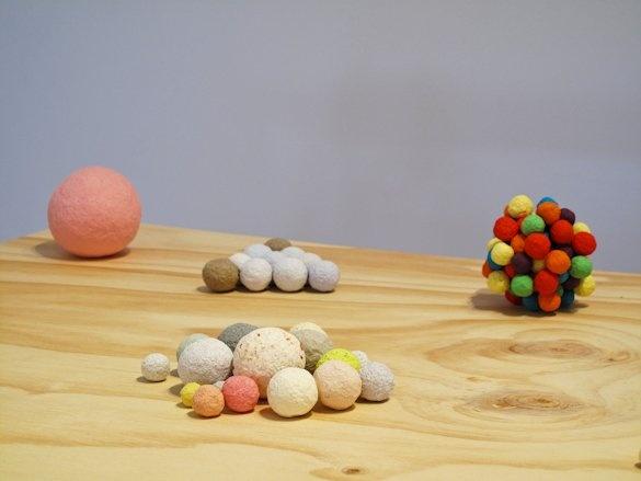 Charlie Sofo, Balls, 2009