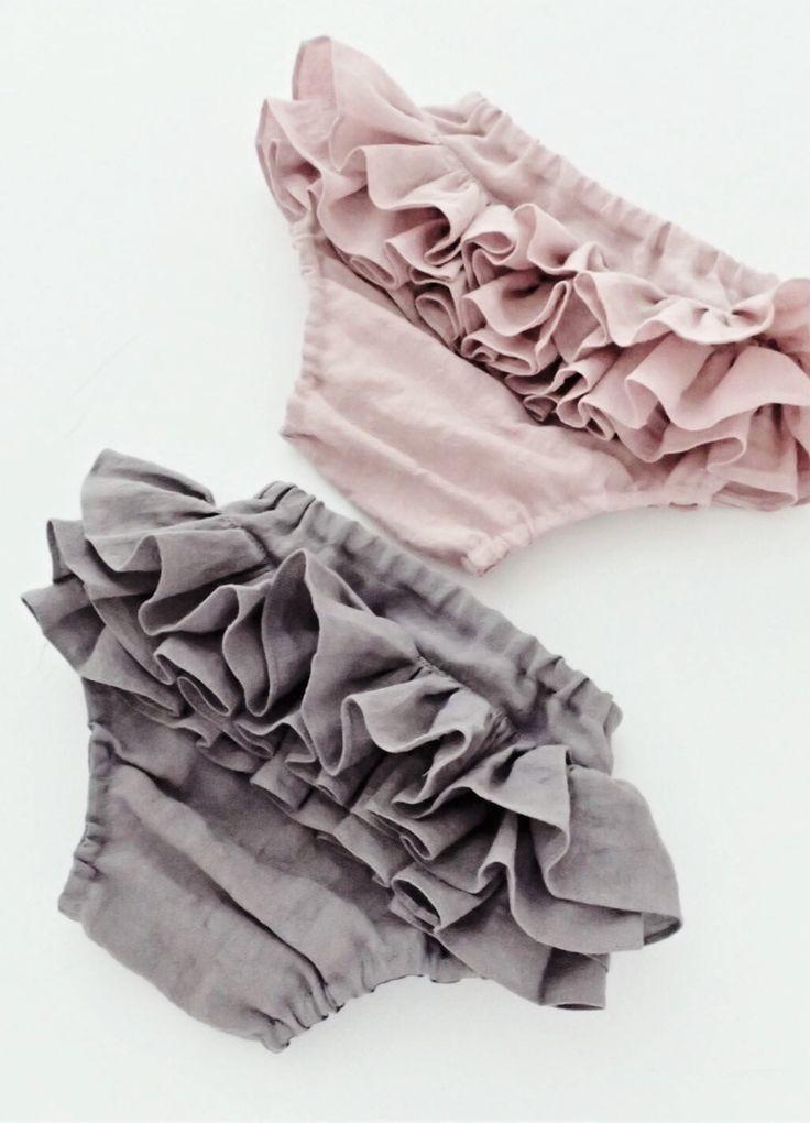 Handmade Ruffled Linen Bloomers | moonroomkids on Etsy