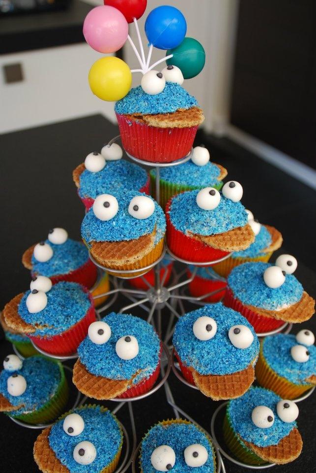 Cookie monster cupecakes voor mijn zoontje toen hij 3 jaar werd.
