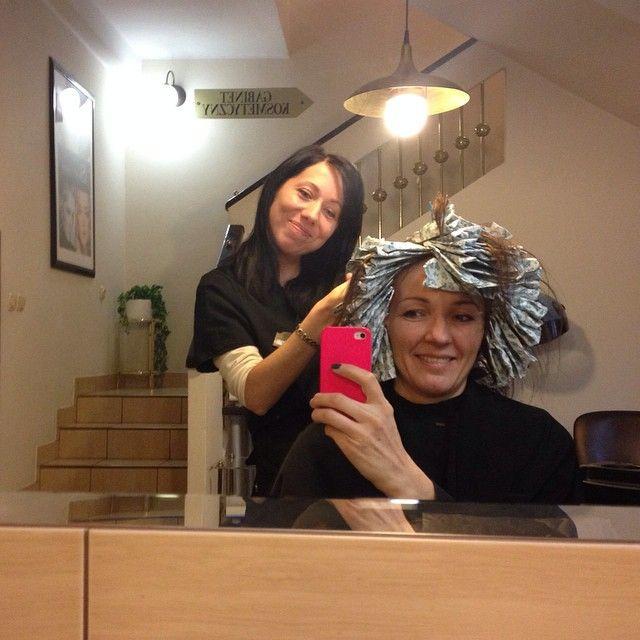 Wesoło i śmiesznie ✂️ #fryzjer #flamboyage #baleage  #kolor #fryzjerwilanów  #barberwilanow #hair #haircolor #hairstyle