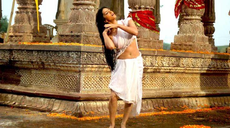 Ek Paheli Leela Critics Review & Audiences Reponse Musical Erotic Thriller Starring Sizzling Sunny Leone, Jay Bhanushali & Rajneesh Duggal...