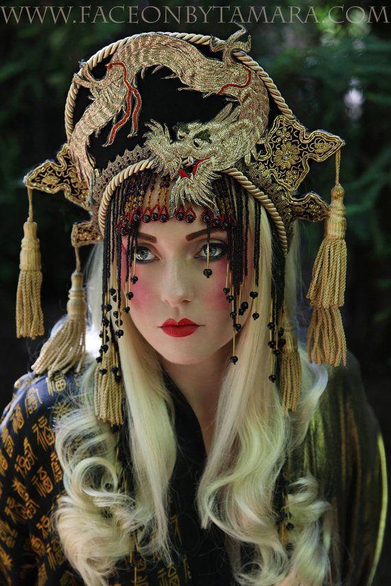 Exemple de travail seulement Fantasy Antique danse brodé Dragon Queen casque coiffe la Couronne d'or métallique Cleopatra chinois asiatique a vendu