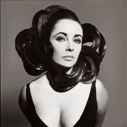 Richard Avedon  - Elisabeth Taylor (1964) by 2 Tropical, via Flickr