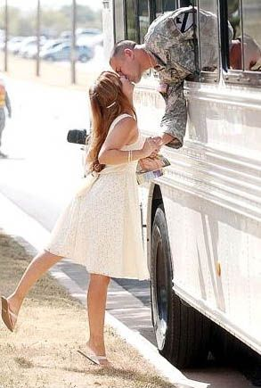 One more kiss...The Kisses, Bus, Military Men, A Kisses, Pictures, Things, Army Wives, Wedding Quotes, Photography