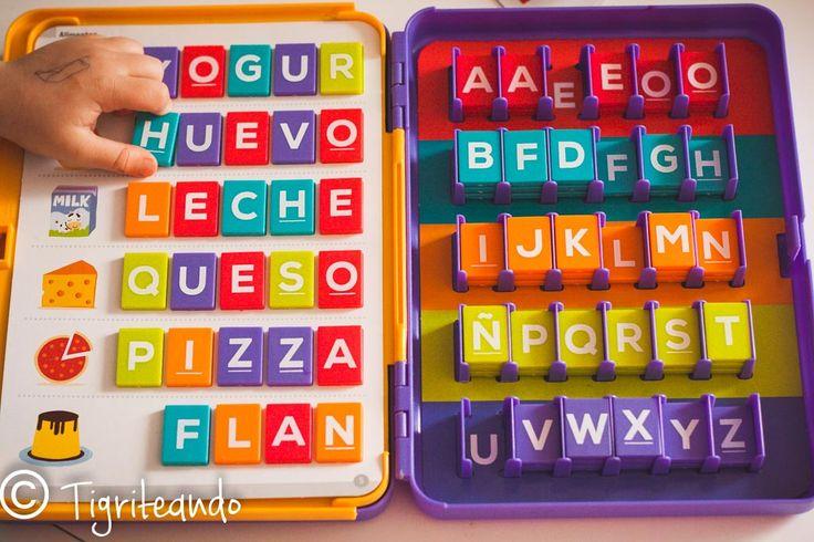 En las últimas semanas os he enseñado como hicimos nuestro alfabeto móvil Montessori low-cost,y como podéis utilizarlo con vuestros peques cuando empiecen a mostrar interés por la lectoescritura. También os mostré una selección de libros sobre el abecedario, muy útiles para cuando están en un periodo sensible de lectoescritura. Por ello, en la entrada de …