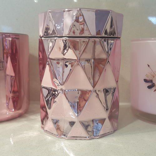 Luxury soy candles Pink diamond geo www.indi-spirit.com