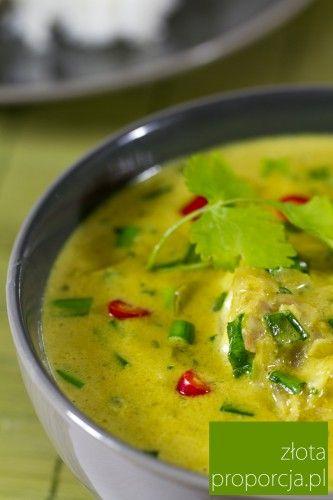 Ryba po tajsku w zielonym curry z mleczkiem kokosowym