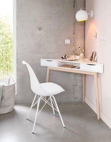 trop malin et gain de place pour le petit espace et chambre le bureau d'angle à placer dans un coin style scandinave blanc et bois clair associé à une ambiance industriel en béton ciré sol et mur