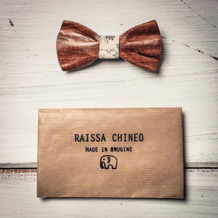 Raissa Chineo. Italian Handmade Wooden Bowties! https://www.facebook.com/raissachineo/