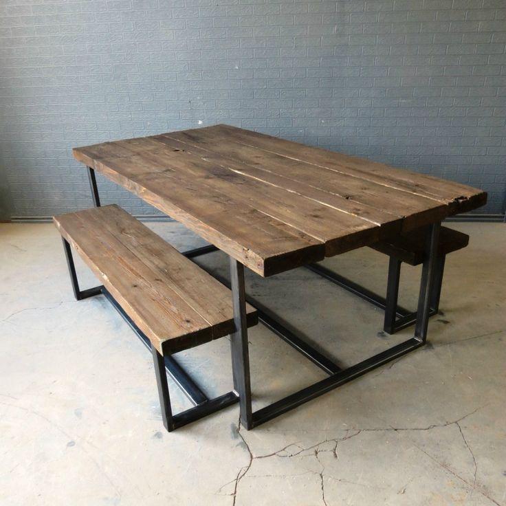 Изготавливая мебель под заказ, специалисты Urban Concept руководствуются  важностью натуральности и экологичности всех используемых материалов