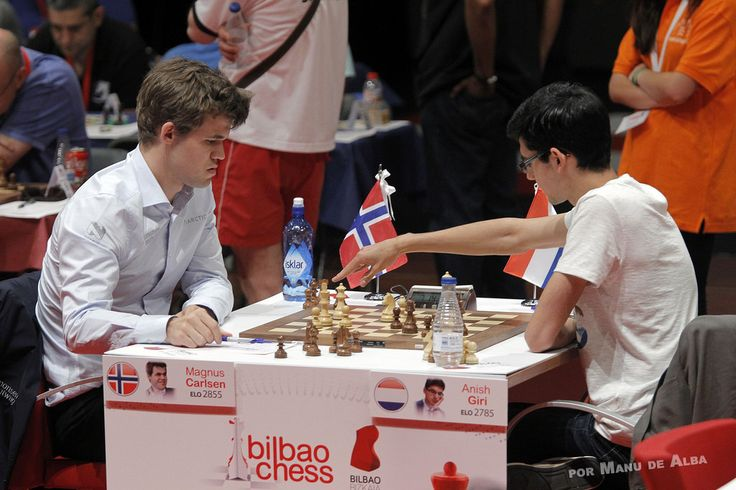 Magnus Carlsen wins a very important game against Anish Giri