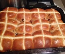 Recipe Mike's Famous Hot Cross Buns by SwingInTheMix - Recipe of category Breads & rolls