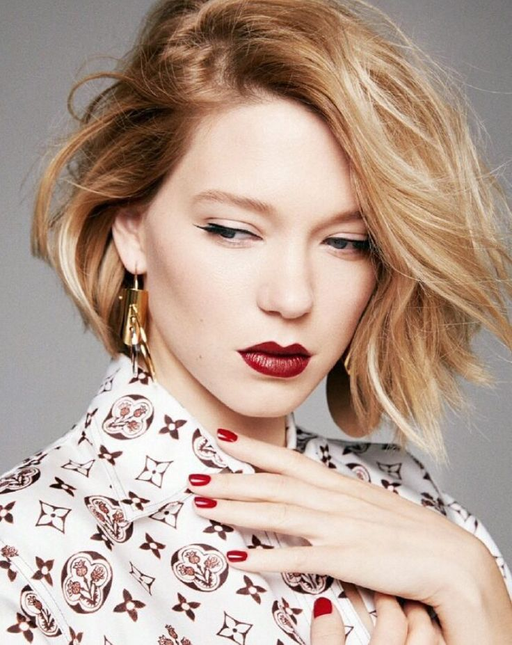 Léa Seydoux. Love the shirt. French blondes are the sh*t. I am such a one.