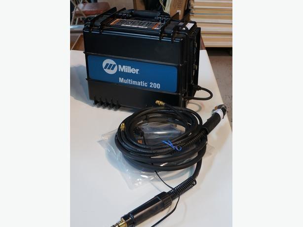 Miller Multimatic 200 Mig Welder Duel Voltage Wire feed  welder (190933-2)