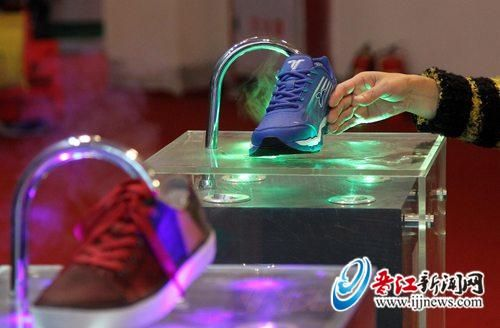 Advantages of attending the Jinjiang Footwear Exposition: It's a weather vane of the footwear industry in the whole world. https://www.facebook.com/pages/China-Sport-shoes/433605220077150?ref=bookmarks