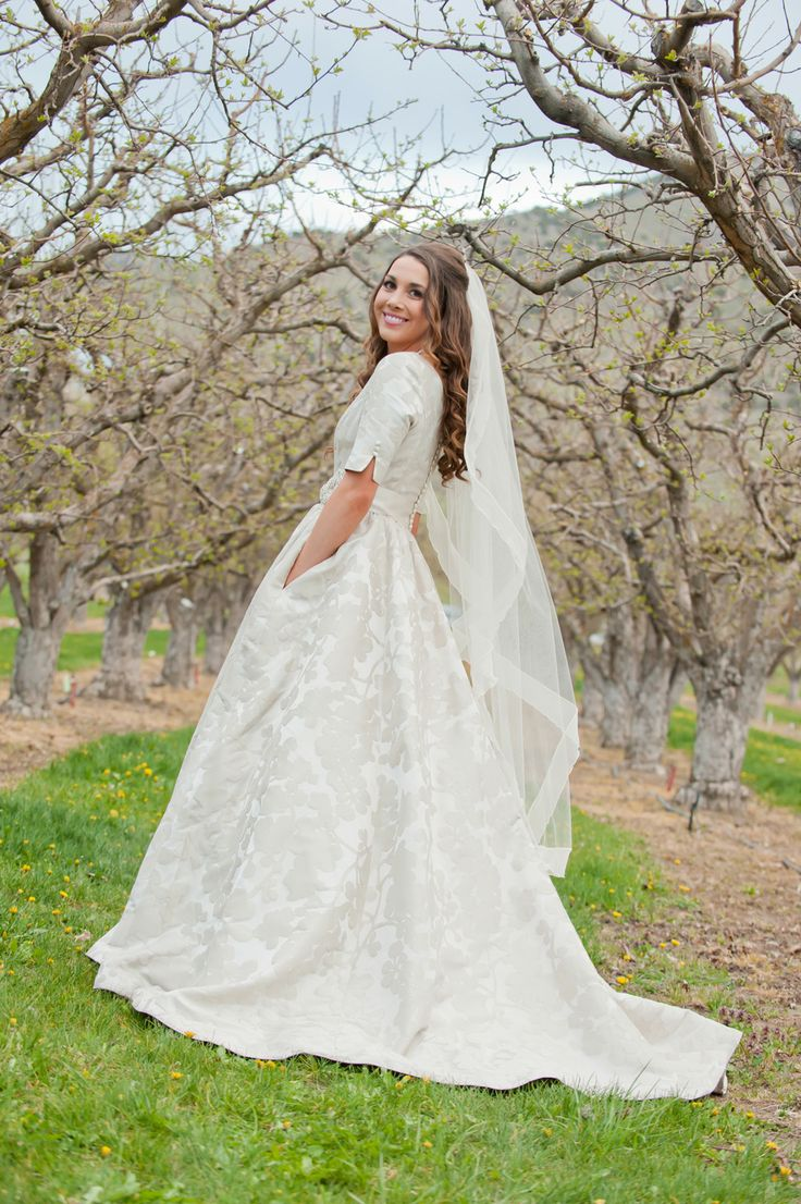Modest Wedding Dress With Pockets