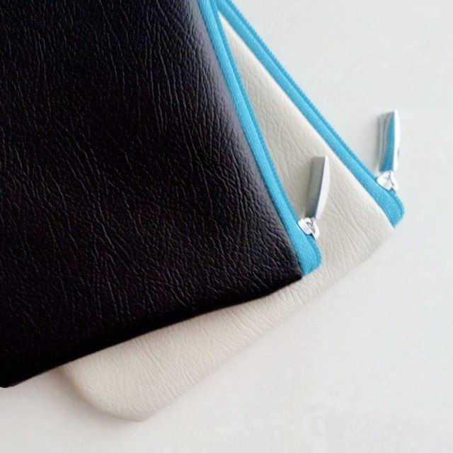 New Ready - Blue Soft Pearl Pouch - Blue Casson Pouch Material : Premium Synthetic Leather IDR 45.000