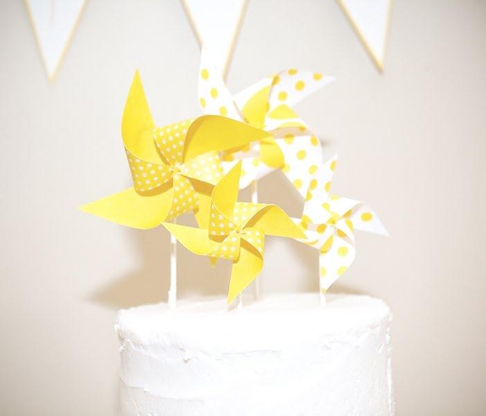 pinwheel cake topper!
