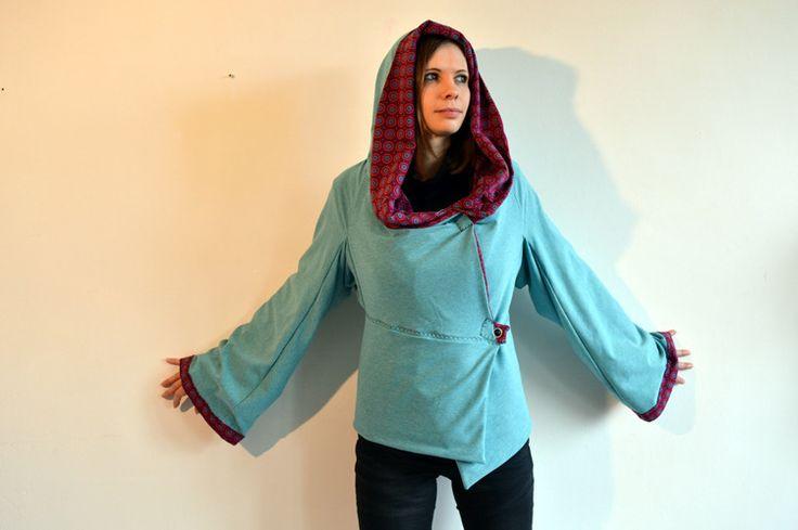 *nouveauté* veste à capuche menthe glaciale en jersey int motifs ronds roses : Manteau, Blouson, veste par l-atelier-des-coquettes