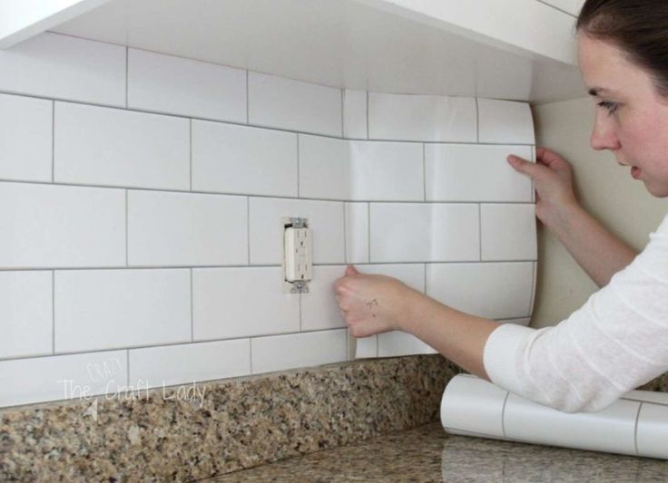 If your kitchen backsplash needs a refresh but your landlord won't let you tile or paint, consider r... - thecrazycraftlady.com